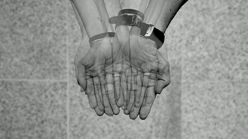一人ひとりの手から一人ひとりの手へ